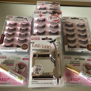 Brand new!! Kiss Eyelash set